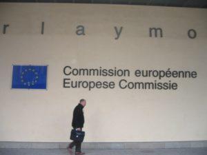 European Commission investigates Suez, Veolia, SAUR, for trust practices