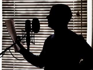 Τα ραδιοφωνικά σποτ ΚΑΤΙ ΤΡΕΧΕΙ ΜΕ ΤΟ ΝΕΡΟ